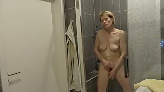Granny s bathroom pt.2