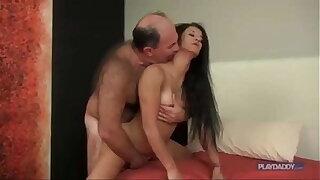 Ana touche fuck old chub